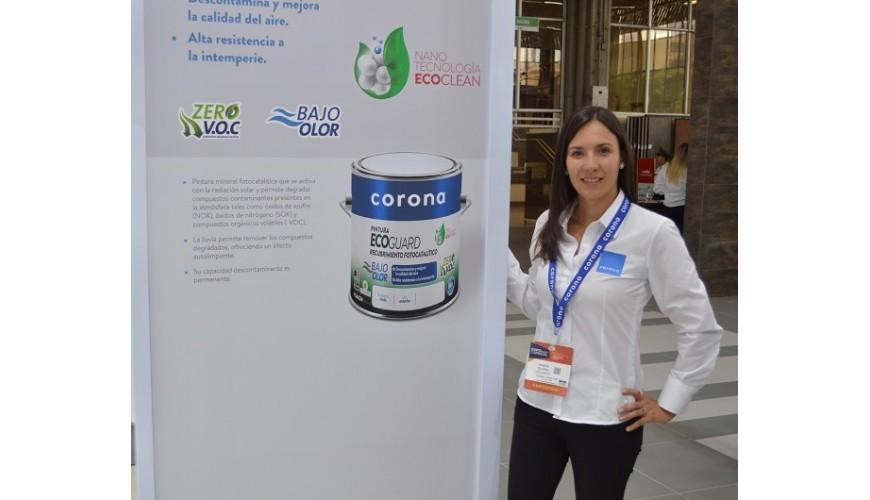 María Elvira Velasco, Directora de Mercadeo del área de acabados, pinturas y recubrimientos de Corona.